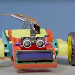 Docentes de Talca recibieron robots educativos en diplomado de «Pensamiento creativo y robótica escolar»